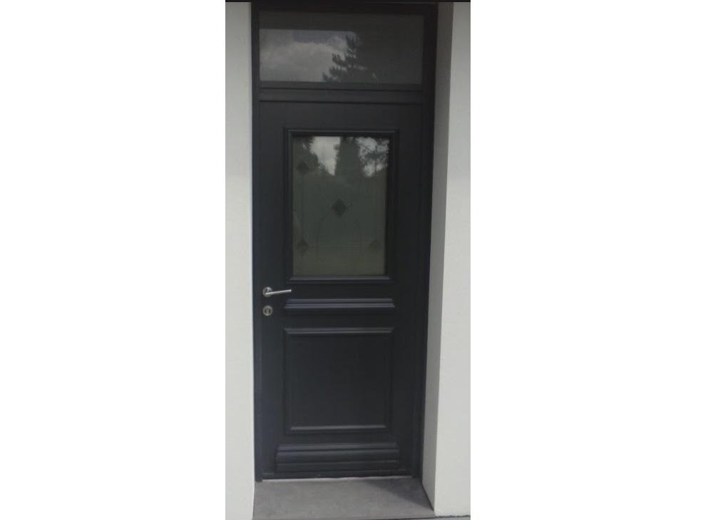 Porte en aluminium avec imposte gamme prestige mod le Porte d entree avec imposte